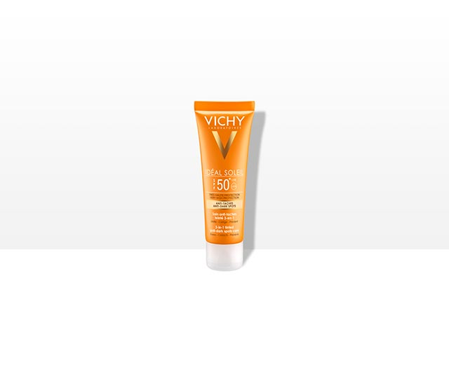 3-in-1 tinted anti-dark spots care SPF50+