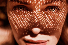 How-to-tan-without-getting-wrinkles